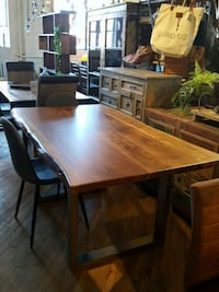 "Table en acacia L72"" Mont-Royal, H3P 2B9"