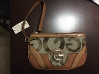 Guess handpurse WASHINGTON