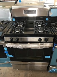 New GE 30in gas stove stainless steel scratch and dent 6 months warranty