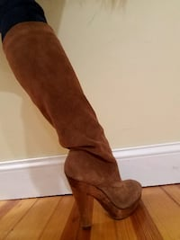 Gorgeous Michael Kors High Heel Suede Boots Size 8