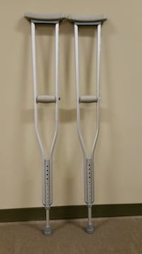 CRUTCHES ($10 pair) Arlington, 22204