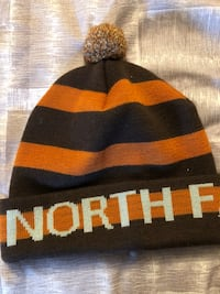 North face winter hat brand new!