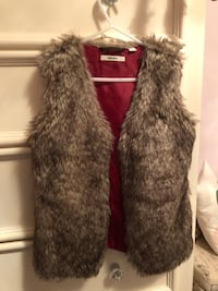 Fur vest for kids Mexx large small made Vaughan, L4L