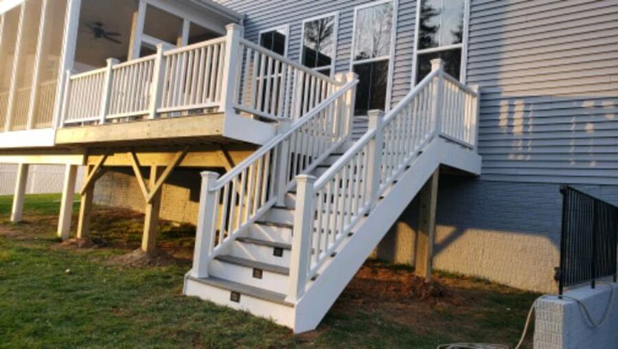 Deck and fence,free estimate .in virginia. eac62481-8270-4d41-92ab-4d43c671853f