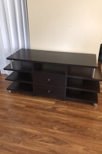 TV stand New Westminster, V3M 1M4
