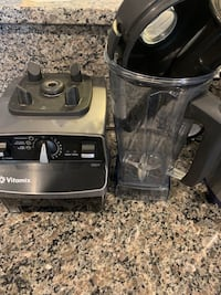 Vitamix 6300 gently used Chantilly, 20152
