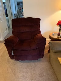 Recliner with massage