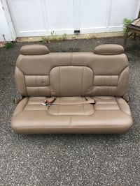 Suburban 1995 model 2500 series 3rd row seat leather excellent cond. Oyster Bay, 11771