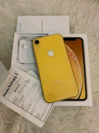 gold iPhone 7 with box Lexington, 02420