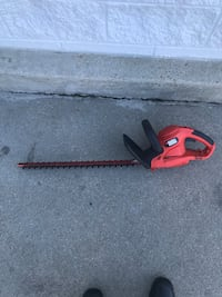 Black and Decker 22 in Hedge Trimmer