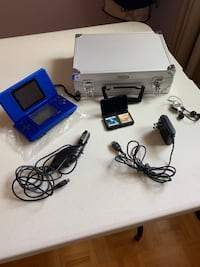 Blue Nintendo DS with case, two games, charger and etc... Vaughan, L6A 2J9