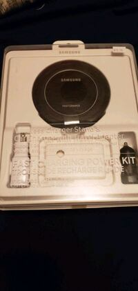 Samsung wireless charger  Kitchener, N2G