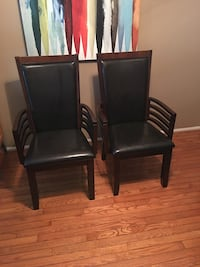 Dining Table with six chairs, in excellent condition Germantown, 20874