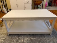 White matching coffee table and 2 end tables Alexandria, 22314