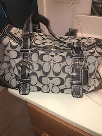 Authentic Coach purse black/white Evansville, 47725