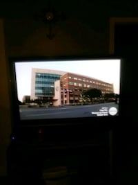 black flat screen TV with remote Shreveport, 71115