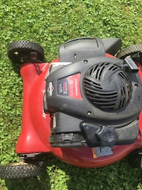 red and black push mower Youngstown, 44512