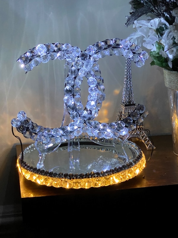 Beautiful Handcrafted lamp 5cfe9091-9c49-4af0-8c31-596b7357c453