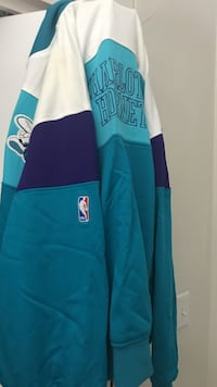 Mitchell & ness charlotte hornets throwback warmup jacket and fitted hat Philadelphia, 19125