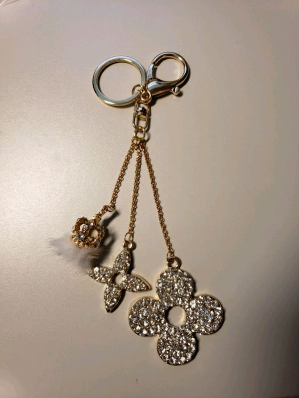 "7"" Goldtone Fur/Rhinestone Fashion Keychain  0"