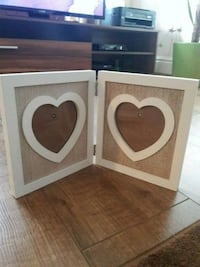 two white wooden heart shaped photo frames Skelmersdale, WN8 6DP