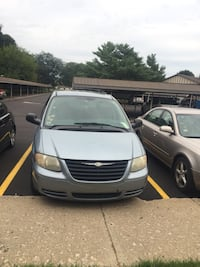 Chrysler - Town and Country - 2006 Kalamazoo, 49009