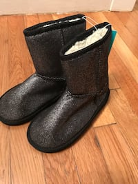 Capelli New York Metallic Printed Faux Suede with Faux Fur Lining on a Fabric Girls Boot size 2 Malden, 02148
