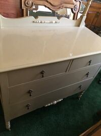 Antique Dressers  Salinas, 93901