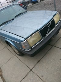 Volvo - 240 - 1993 last year made Capitol Heights, 20743