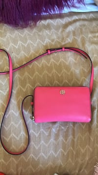 Tory Burch Purse Newport Beach, 92663