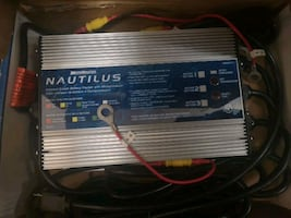 NAUTILUS Onboard 3-Bank Battery Charger
