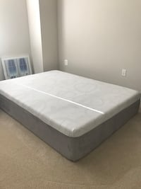 Queen Mattress - Foam, hypoallergenic, medium firm, very comfortable, extra thick - 14inches!! Reston, 20190