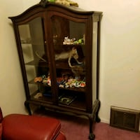 Antique claw foot cabinet Akron, 44306