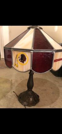 Redskins Stained Glass Lamp Warrenton, 20186