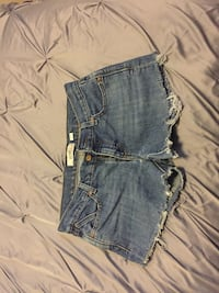 Old Navy Jean Shorts (Size: 6) Chantilly, 20152