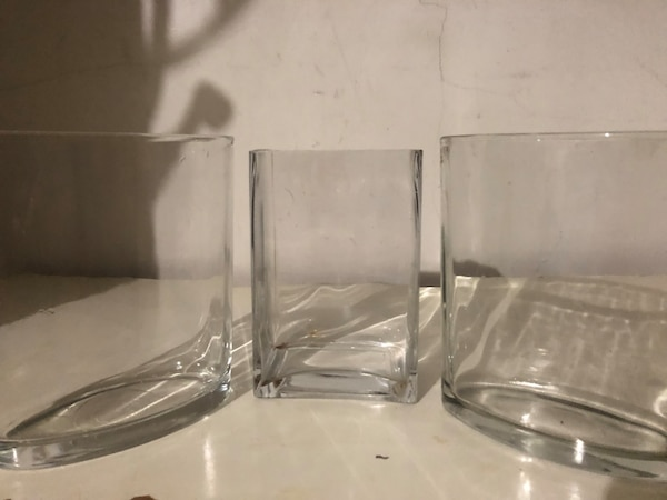 Glass vases 0