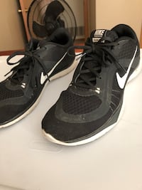 Women's Nike shoes  Lincoln, 68521
