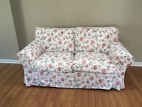 white and red floral loveseat Mississauga, L5J 2E5