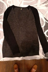 dark grey knit sweater  Welland, L3B 3B9