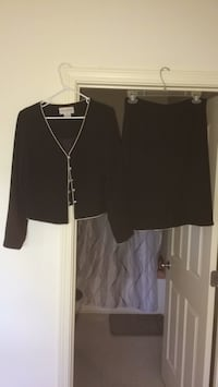 black suit Jacket with matching skirt Louisville, 40299
