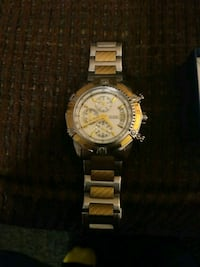 round gold-colored chronograph watch with link bracelet Mooresboro, 28114