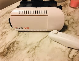EVO VR Headset with remote