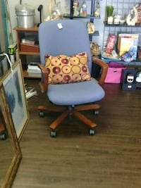 white and purple rolling armchair Covington, 30014