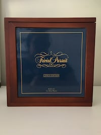 Trivial Pursuit Game in wooden box Red Bank, 07701