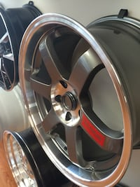 Used good condicion 5-spoke car wheel with tire 18 inch // 225/40z/r18 Mississauga, L5N 8H3