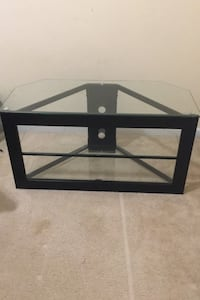 Glass TV stand Summerville, 29485