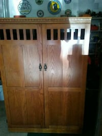 brown wooden cabinet with drawer Akron, 44312
