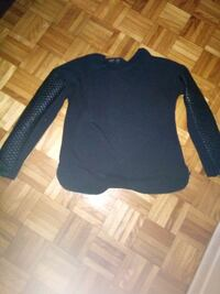 black and blue long sleeve shirt Montréal, H1T 3R9