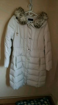 pearl white winter jacket 559 km