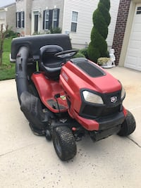 Red and black ride on mower Germantown, 20874